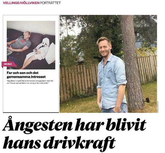 Tidningen Hallå gjorde ett porträtt på Jakob Svärd på Självbildarna. Självbildarna arbetar med uttalsträning och kommunikation för människor med invandrarbakgrund och invandrare. Vi gör det för att bidra och hjälpa. Vi brinner!